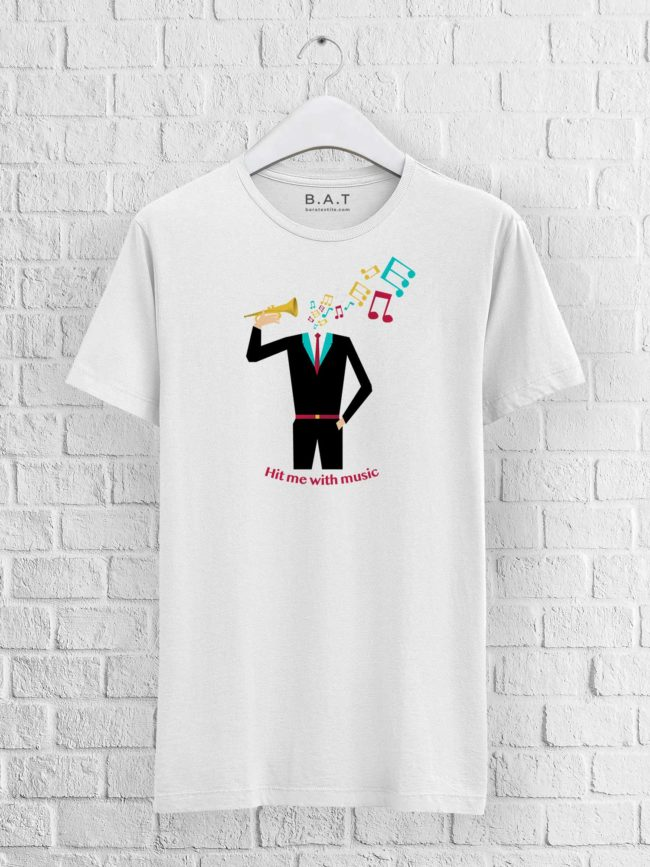 T-shirt Hit me with music